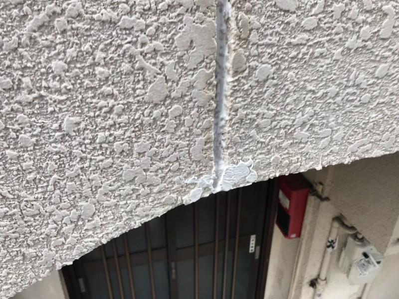山科区外壁リフォームクラック補修